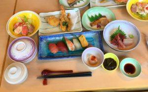 お昼ごはん(1)